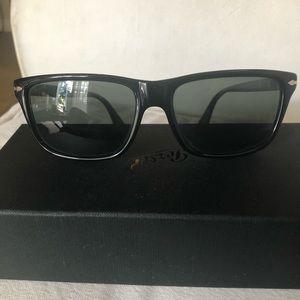 Persol classic square black frame sunglasses 10
